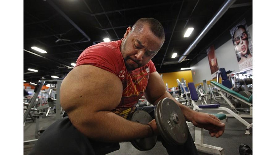 Øvelser for å trene biceps